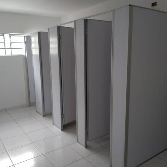 Divisória Sanitária de PVC